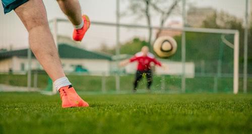 Strategien lernen mit Fußball Videogames